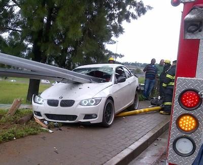 BMW bmw 3シリーズカブリオレ 335i 燃費 : goo.to
