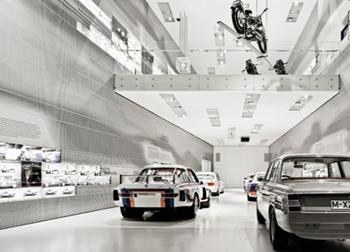BMWミュージアム、ベンツ博物館...